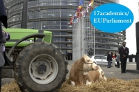 Farmers stage a protest in front of the EP in Strasbourg